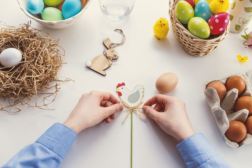 easter crafts from Unsplash