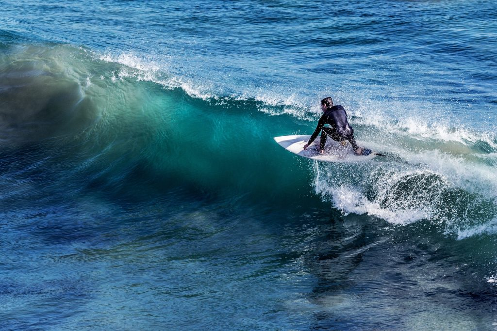 surfing lessons in Cornwall