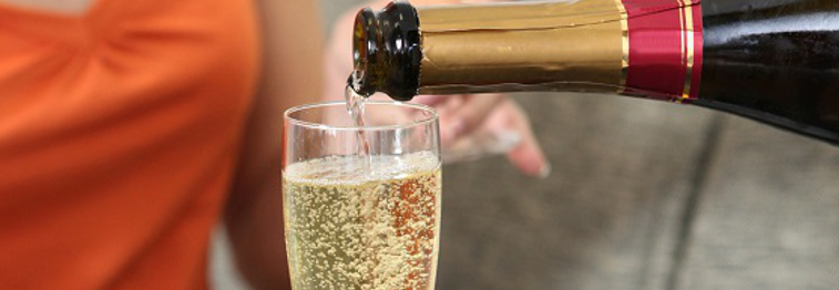 holiday extras champagne on arrival Ocean Blue Cornwall
